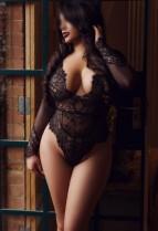 Escort Sabrina in her sexy black lingerie tt