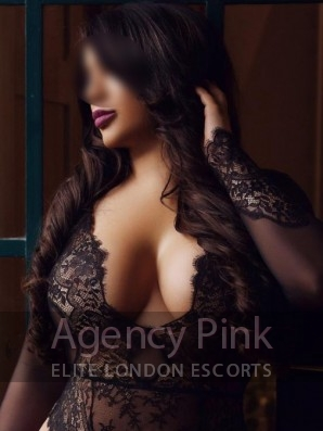 Escort Sabrina in her sexy black lingerie Picture 1