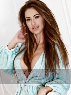 Gigi Picture 3
