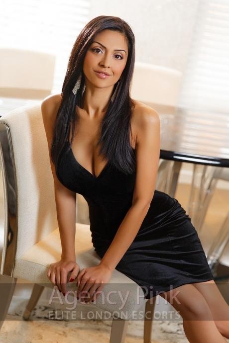 Sara Picture 5