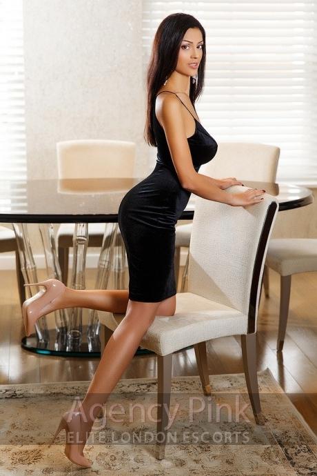 Sara Picture 7