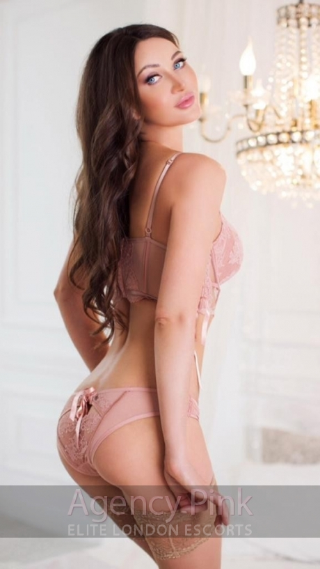 Escort Marianna posing in her nude underwear Picture 4