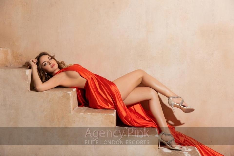 Ava Picture 10